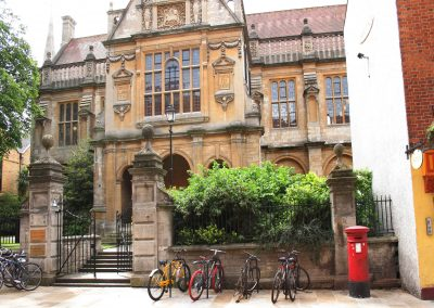 Visit Oxford on your Bike Tour in England