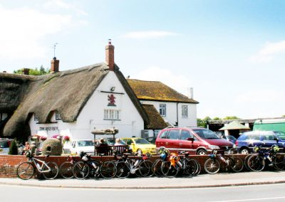 Cycle Tour visiting English Pub