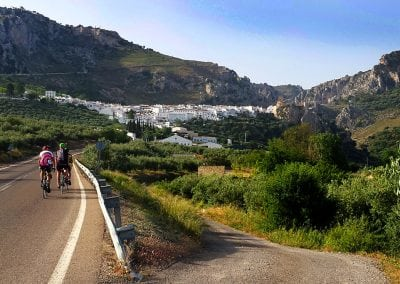 Cycling Andalucia, Visit Zuheros