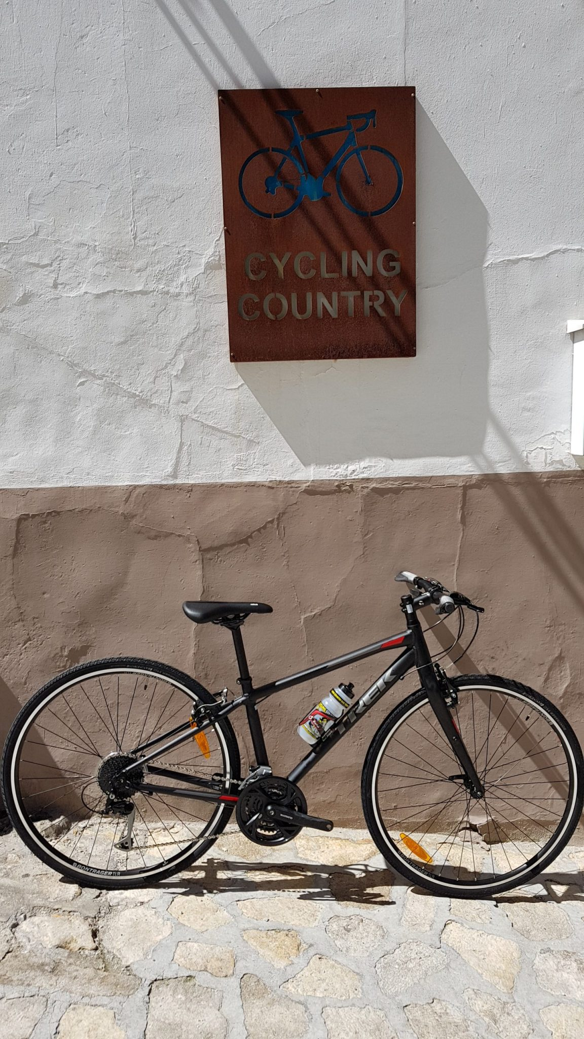 Hybrid_CyclingCountry (1)