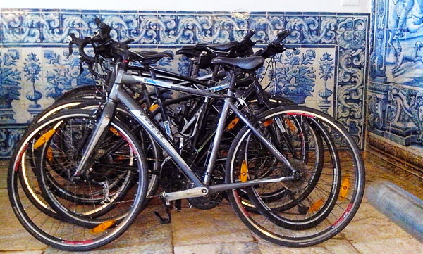 Portuguese Tiles on your Bike Trip in Portugal