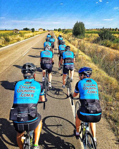Cycling in a Group, Cycling Country Bike Tours