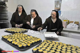 Andalucian convent Nuns making Dulces