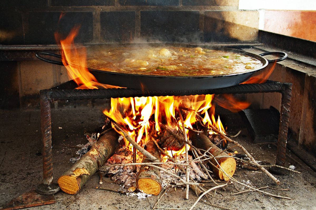 Paellero Pan, How to cook a Spanish Paella, traditionally