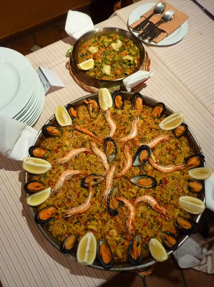The famous dish of Spain, Paella