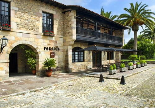 Historic hotel on your Vuelta Road Bike Tour
