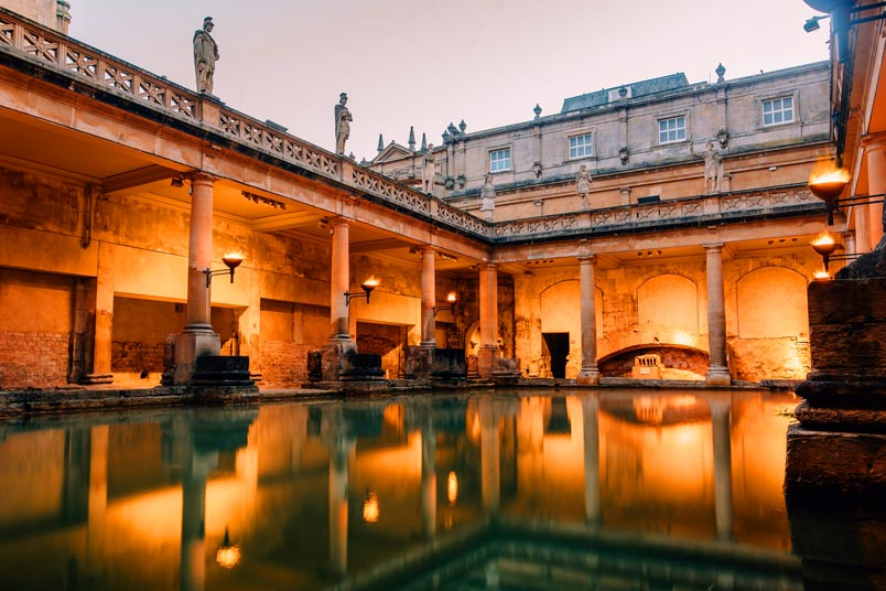 5 Reasons to visit Bath England