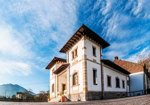 Traditional Architecture Bike Tour hotel in Northern Spain